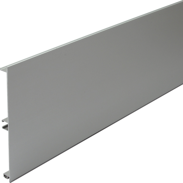Aluminium plinth panel
